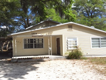1**4 E Idlewild Ave,Florida,33610,3 Bedrooms Bedrooms,2 BathroomsBathrooms,Single Family,E Idlewild Ave,1029